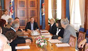 Gradonačelnik Dukić potpisao i uručio ugovore o energetskoj obnovi obiteljskih kuća
