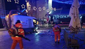 Djelatnici Čistoće očistili gradske ulice nakon novogodišnjeg slavlja