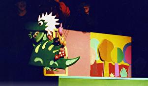 "Predstava ""Mali dinosaur"" I KLZ"