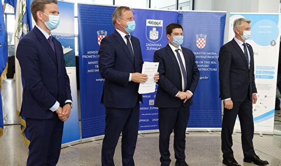 Grad Zadar dobio 800 000 kn za lučku infrastrukturu