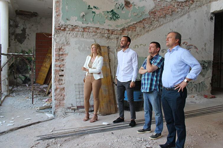 Gradonačelnik Dukić i suradnici obišli gradilišta EU projekata