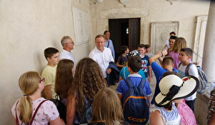 Gradonačelnik Dukić primio učenike osnovne škole iz Gline