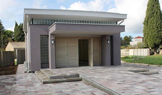 Završena izgradnja oproštajne dvorane na groblju u Kožinu